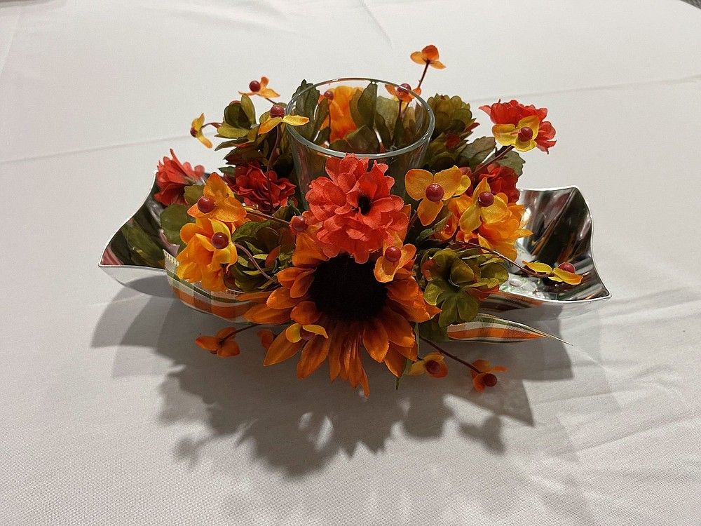 The Extension Homemakers Clubs of Jefferson County is offering a craft class at the White Hall Library, 300 Anderson Ave., on Monday, Oct. 18 at 6 p.m. This floral arrangement is a sample of their work. (Special to The Commercial)